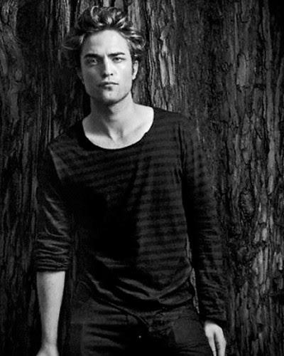 Edward Cullen {Robert}