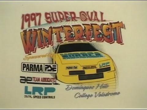 Corrida em velódromo de 1997: direto do túnel do tempo...
