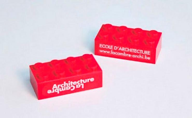 Originales tarjetas visita lego