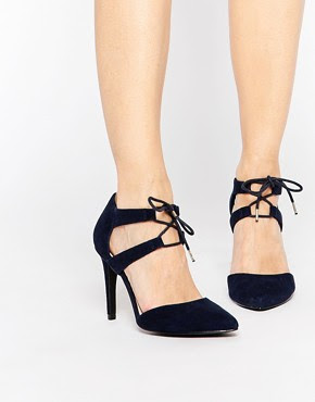 Zapatos de salón de ante azul marino con nudo en la parte delantera Fisker de Faith