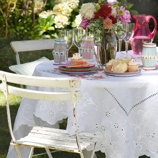 Country garden table | Garden tables | Image | Housetohome