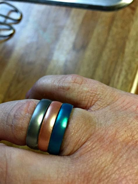 Enso Rings Has Beautiful, Stackable Silicone Rings