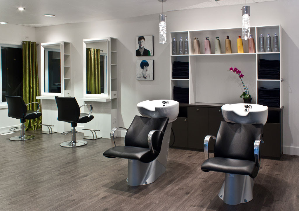 New photo blog salon de coiffure for Decoration pour salon de coiffure