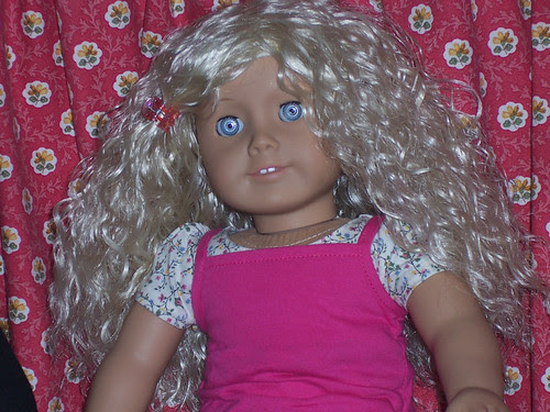 Kirsten's New Wig