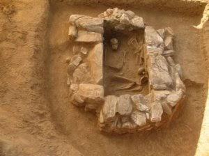 Εύρημα ξεχωριστής σημασίας :Λιθόκτιστος τάφος των Μυκηναϊκών Χρόνων ανακαλύφθηκε στη Λέσβο.