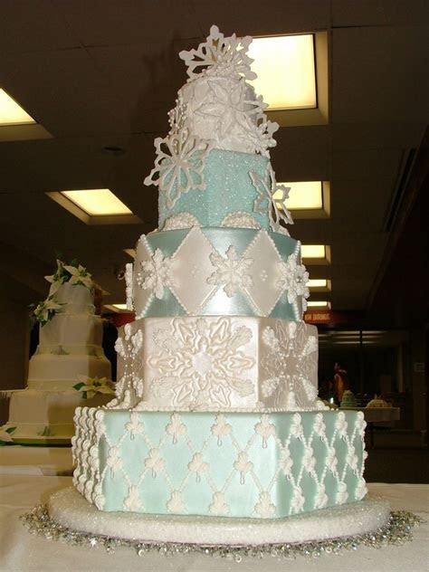 1000  images about Awesome Cakes   Winter Cakes on