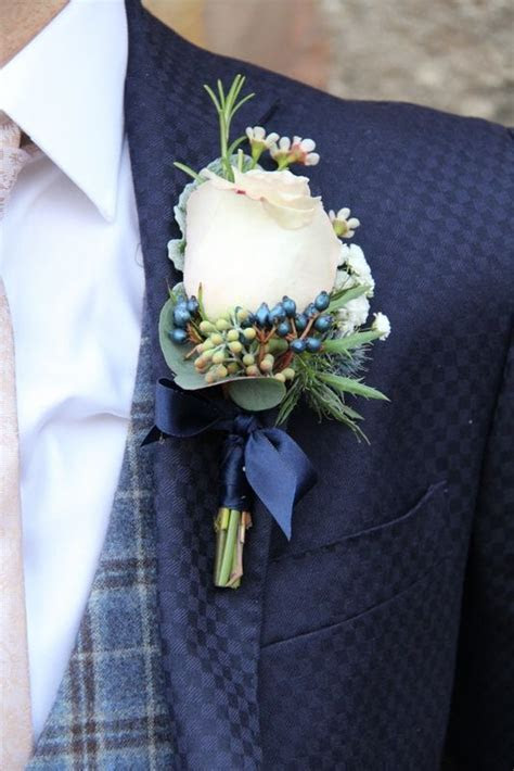 1000  ideas about Midnight Blue Weddings on Pinterest