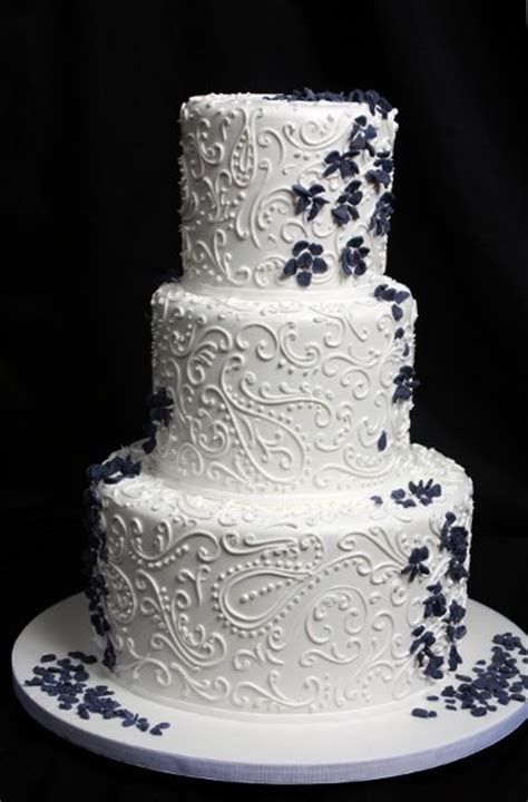 Oak Mill Bakery   Chicago, IL Wedding Cake