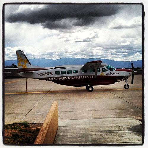 Los Alamos Municipal to Albuquerque commercial flights.