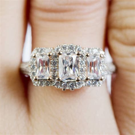 25 Photo of Vintage Anniversary Rings For Her