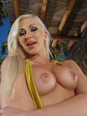inthecrack-801-Tracy-Delicious (19).jpg - Hosted by IMGBabes.com