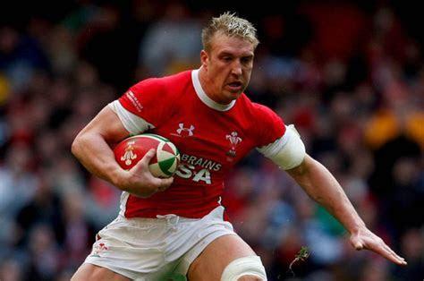 Rugby star Andy Powell and wife Natasha halt divorce