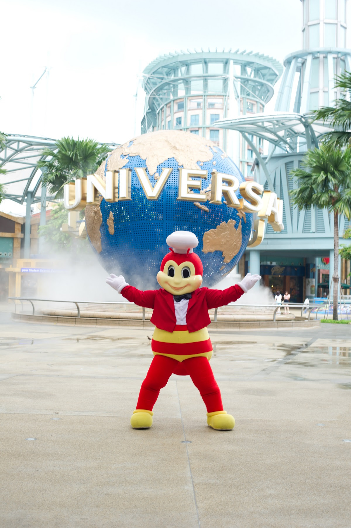 WOW Who Wants a Resorts World Sentosa Singapore family