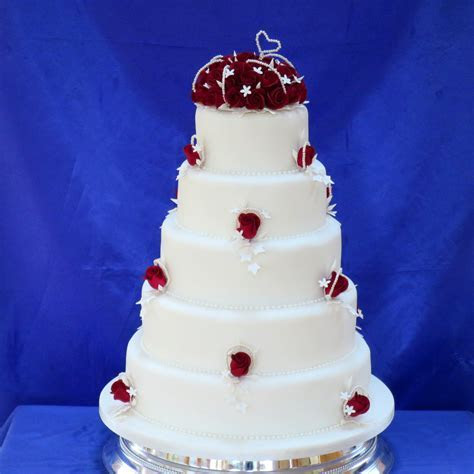 Classic Wedding Cakes Vintage and Retro Wedding Cake