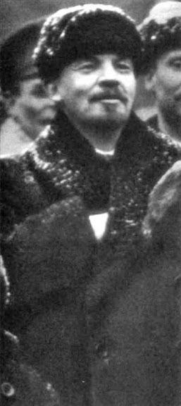 [Imagem: Lenin-Freemason-Hidden-Hand.jpg]