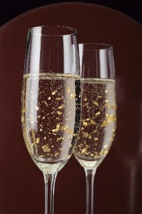 Holiday Cocktail Recipes: Edible Gold Leaf Champagne