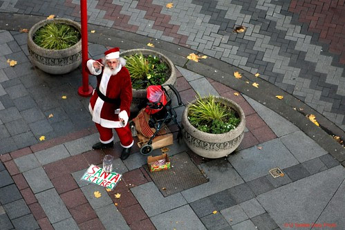 Entrepenurial Santa by Seattle Daily Photo