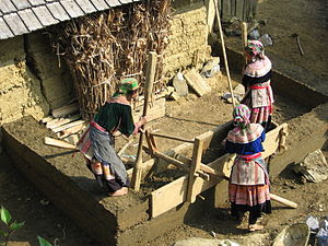 A typical Hmong house-building technique in th...