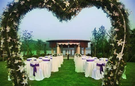 Beautiful Garden Design for Your Wonderful Weeding Ideas