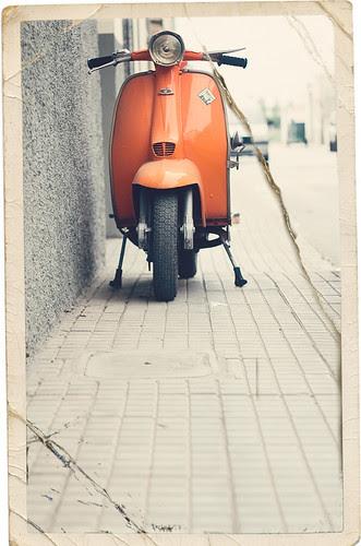 Lambretta con gotas de vintage by raul gonza|ez