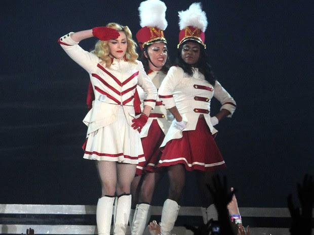 Madonna se apresenta no Parque dos Atletas, no Rio de Janeiro, na madrugada desta segunda-feira (3) (Foto: Alexandre Durão/G1)