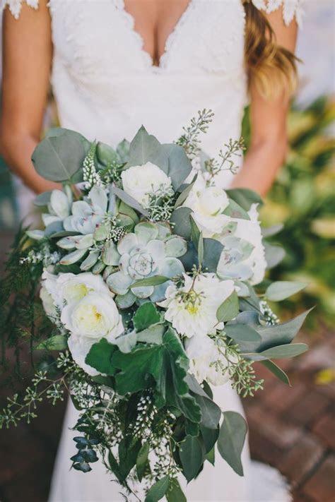 10 Popular Wedding Flowers   Wedding Bouquets   Wedding