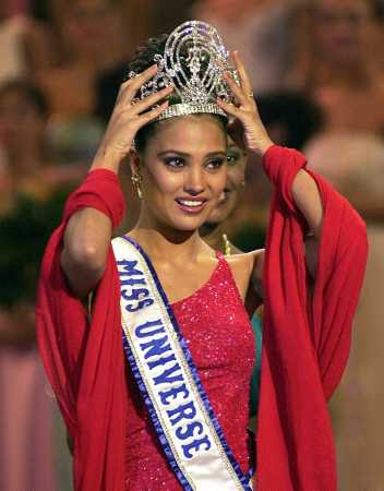 Image result for Miss UNIVERSE 2000
