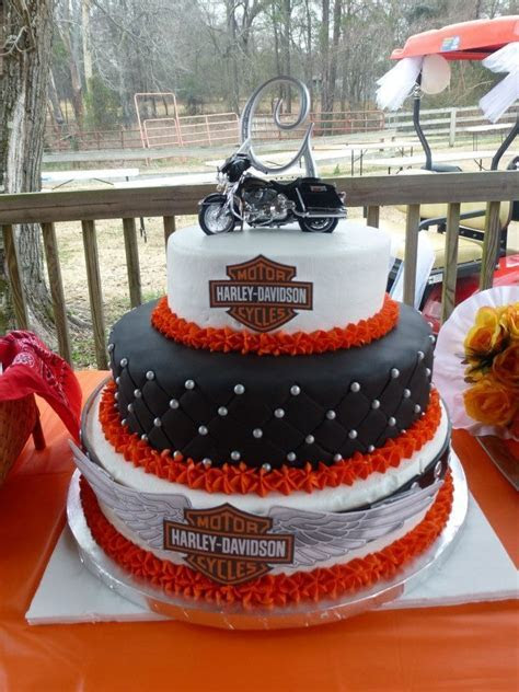 Harley Davidson Wedding Cake   I hear Wedding Bells