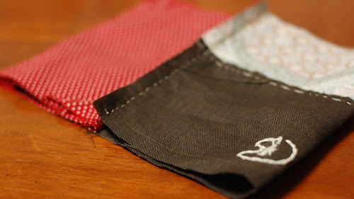 How to make a button pouch with two pockets 12