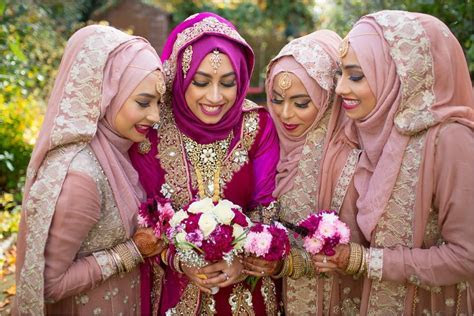 Female Muslim Wedding Photographer London.   Slawa Walczak