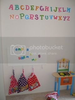 photo playroom_zps832b1b43.jpg