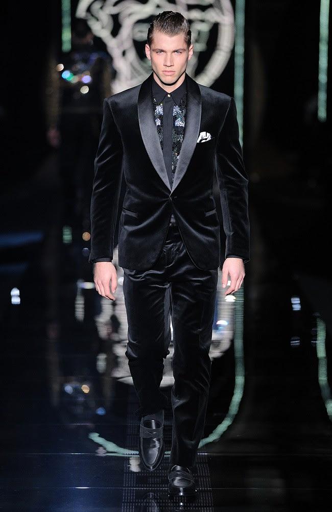 6 suit1 bl versace