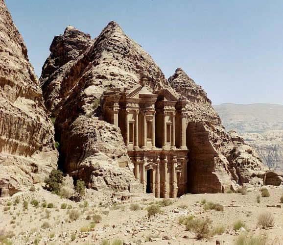 البتراء الاردنEd Deir Petra