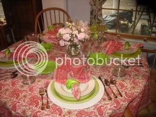 Cuisine Kathleen: Tablescape Thursday..Hot Pink Paisley