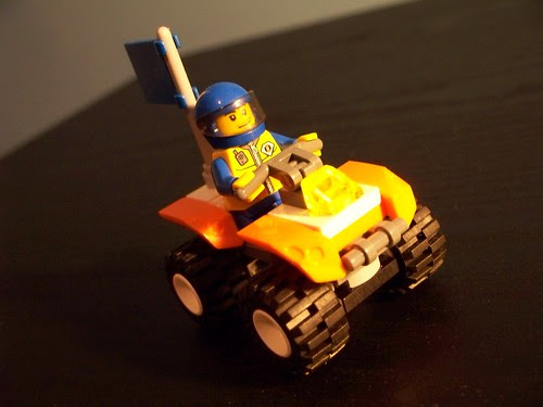 LEGO 7736 Coast Guard Quad Bike (1)