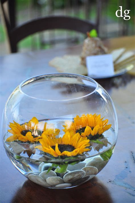 easy inexpensive centerpiece; floating sunflowers $12.50