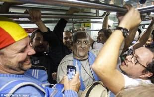 maschere papali in brasile