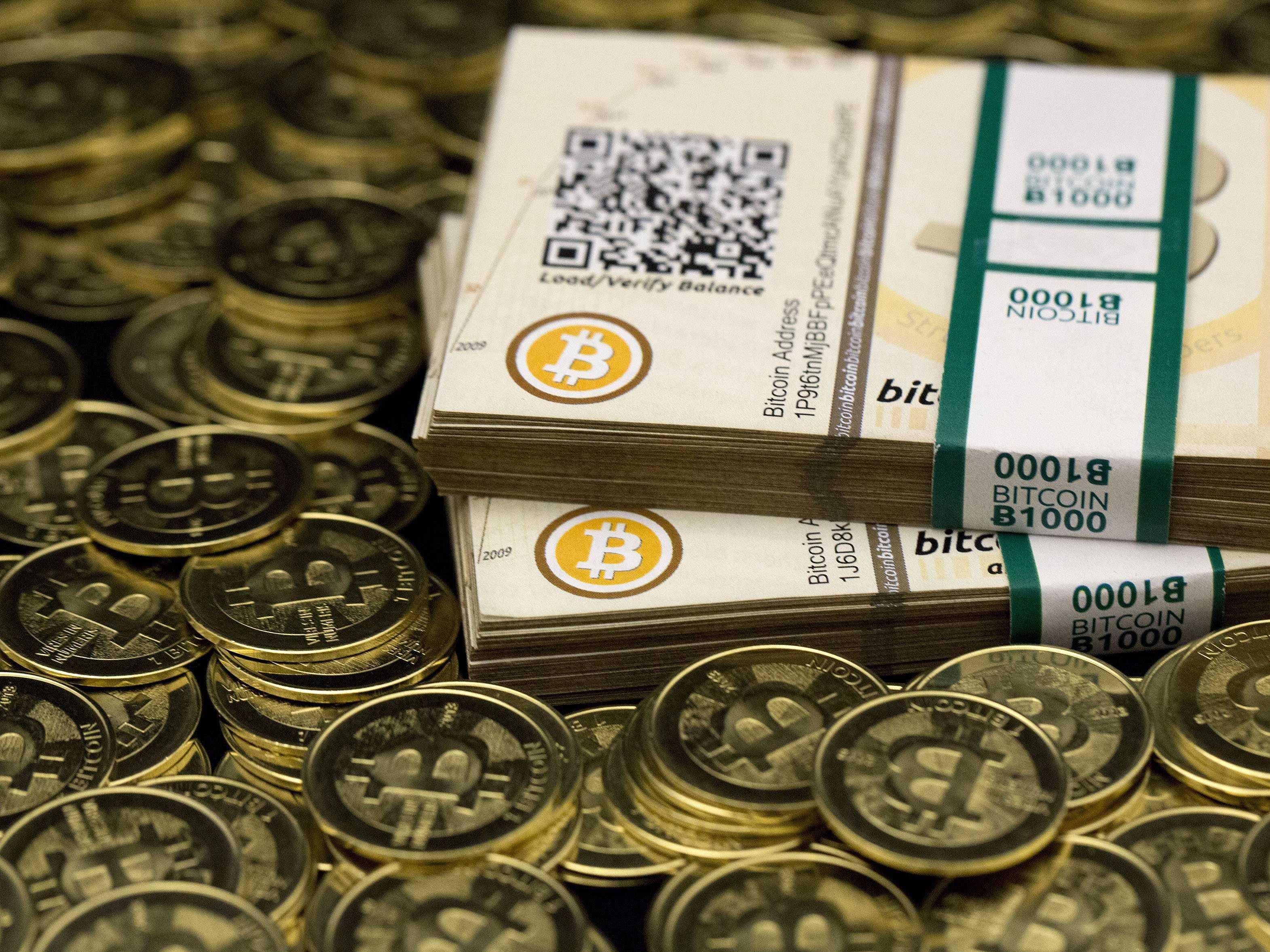 bitcoin mining using solar power