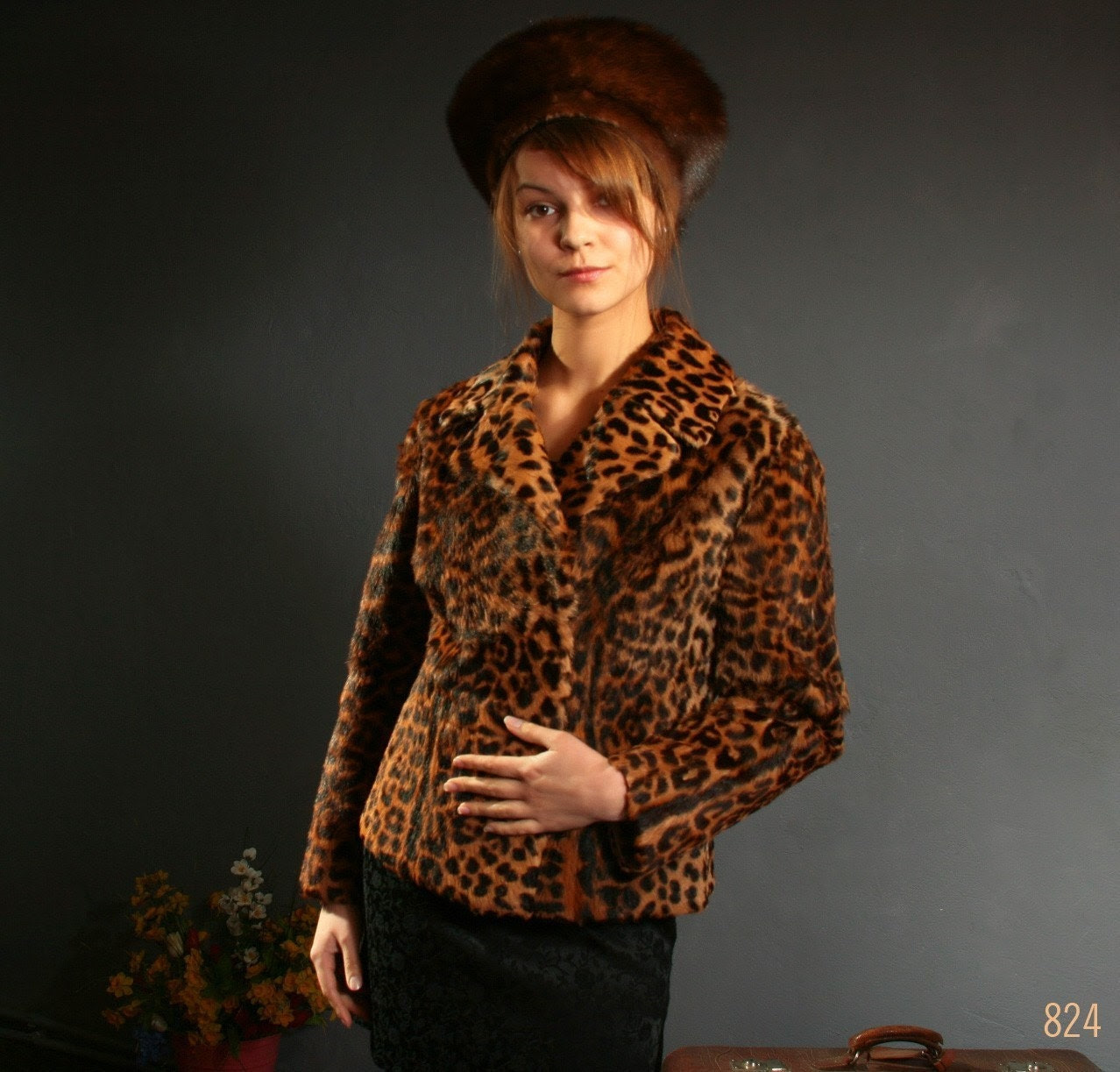 Vintage handmade classy REAL FUR LEOPARD print COAT KATE MOSS or JACKIE ONASSIS style, size Small, Medium, size S / M