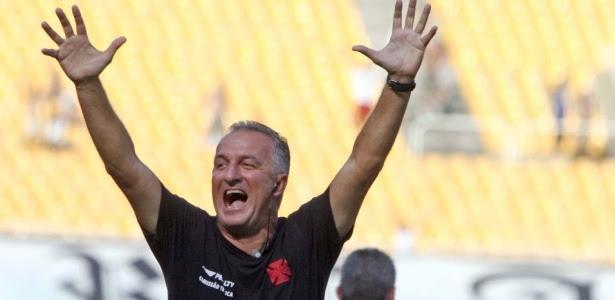 Dorival Jr. é o favorito da diretoria do Vasco para substituir o técnico Paulo Autuori