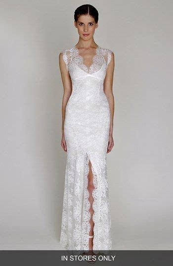 BLISS Monique Lhuillier Chantilly Lace Wedding Gown