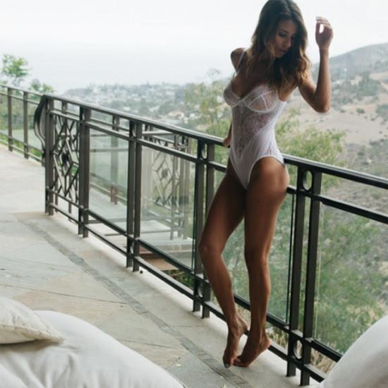 Ana Cheri и изящные демоны Gooseberry Intimates