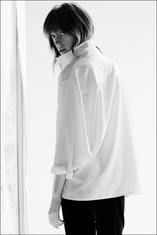 Le Fashion Blog -- Lorca Studio Blanche Blouse / Classic White Shirt -- photo Le-Fashion-Blog-Lorca-Studio-Blanche-Blouse-Classic-White-Shirt.jpg