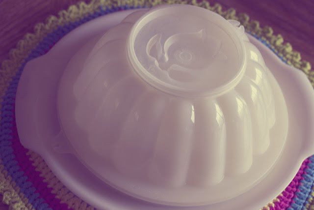 Tupperware Mold