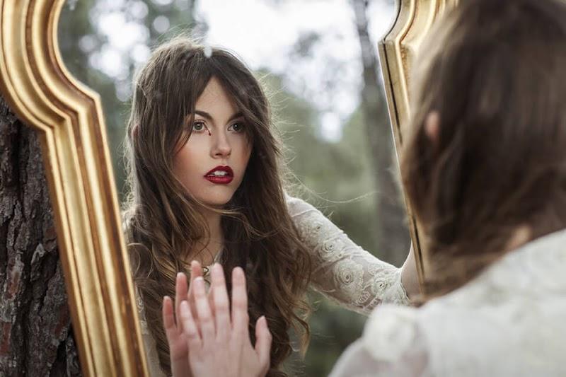 No teu espelho vejo-me a mim...