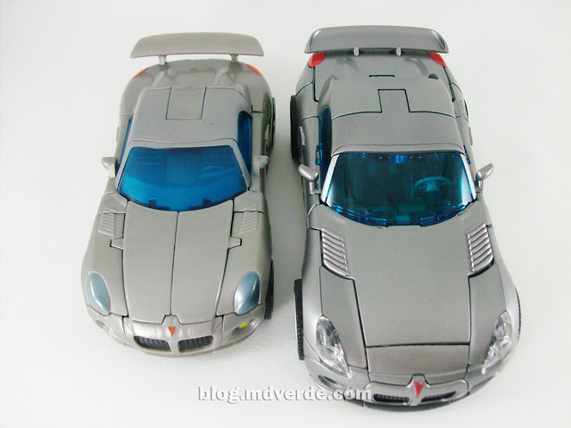 Transformers Jazz Human Alliance vs Deluxe - modo alterno