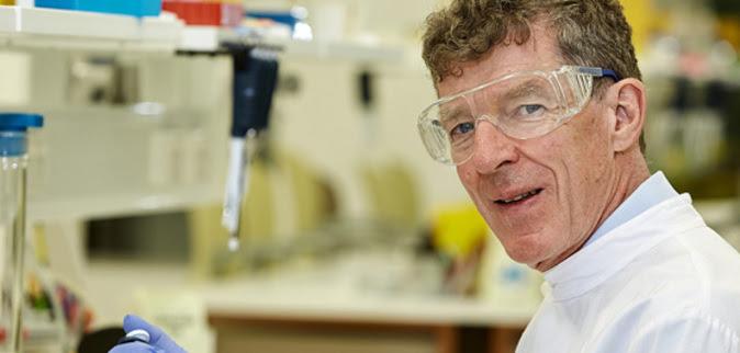 Ian Frazer, uno de los investigadores de la primera vacuna contra el...