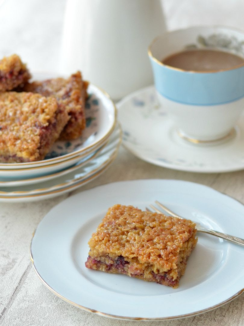 Blackcurrant Flapjacks