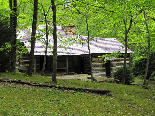 IMG_4942_Porters_Creek_Trail_Historic_Farm_Site