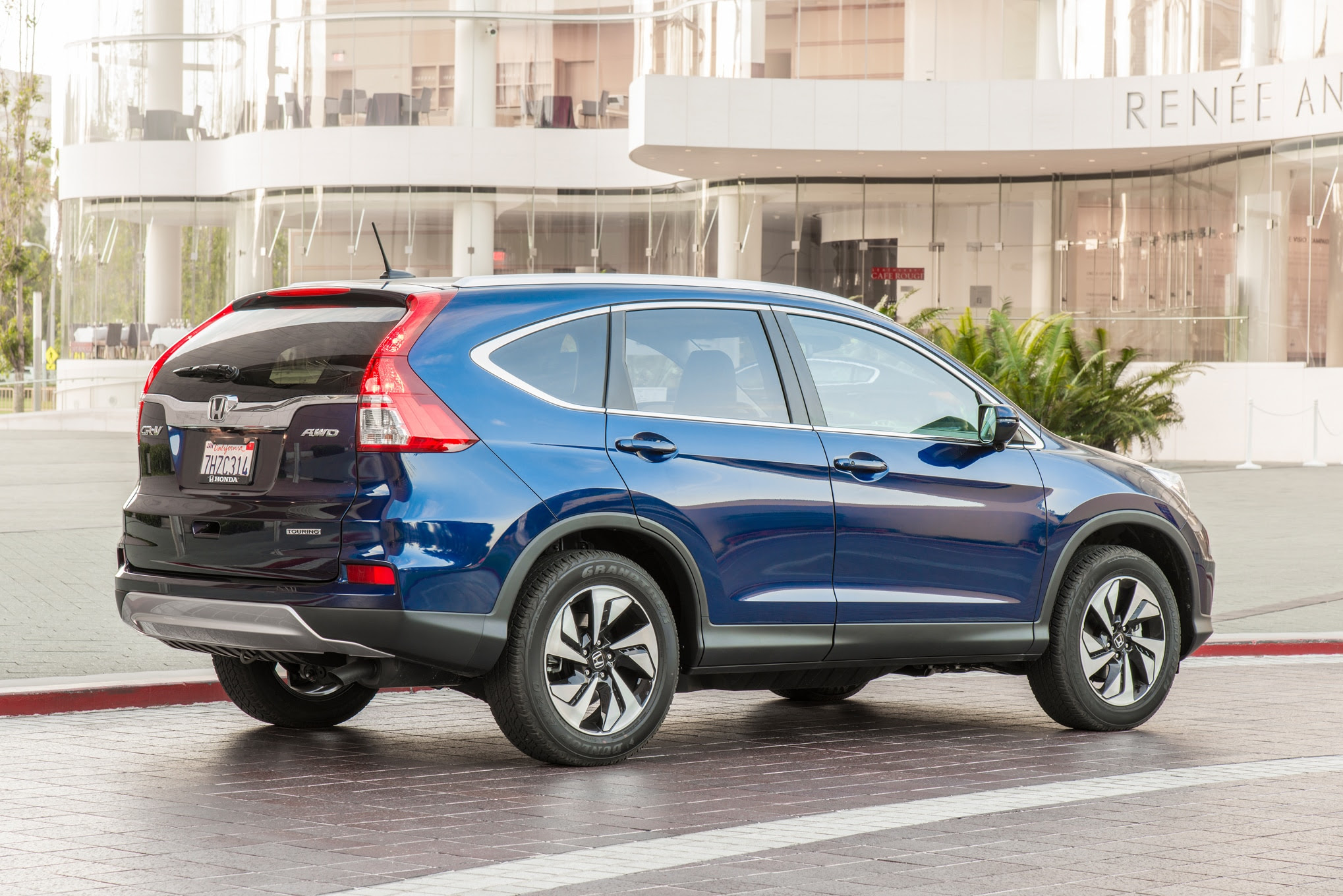 2015 Honda Cr V Wins 2015 Motor Trend Suv Of The Year ...